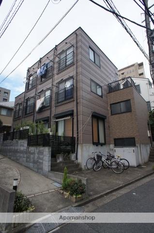 東京都渋谷区、幡ヶ谷駅徒歩6分の築15年 3階建の賃貸マンション