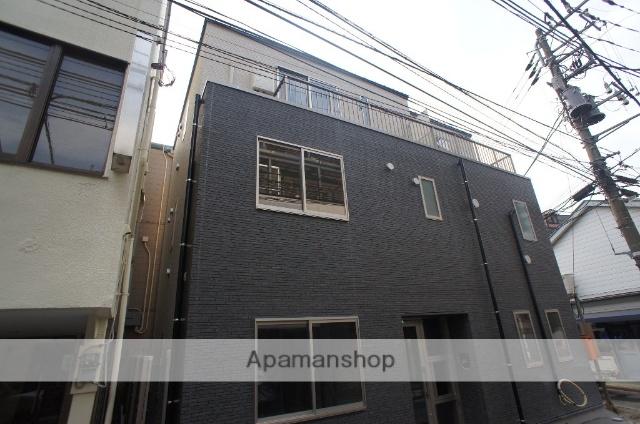 東京都渋谷区、渋谷駅徒歩8分の築1年 3階建の賃貸マンション