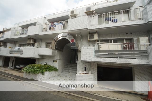 東京都目黒区、神泉駅徒歩10分の築30年 3階建の賃貸マンション