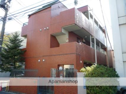 東京都渋谷区、外苑前駅徒歩8分の築20年 3階建の賃貸マンション