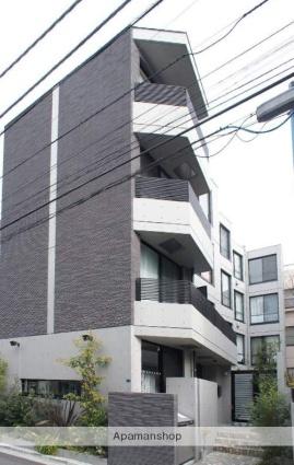 東京都渋谷区、原宿駅徒歩8分の築2年 4階建の賃貸マンション