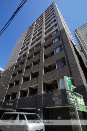 東京都新宿区、四谷三丁目駅徒歩12分の築12年 14階建の賃貸マンション