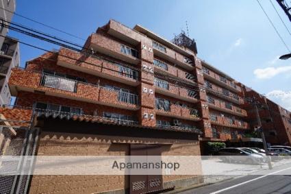 東京都新宿区、信濃町駅徒歩6分の築39年 9階建の賃貸マンション