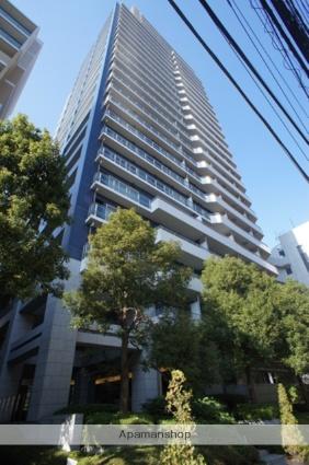 東京都新宿区、四ツ谷駅徒歩11分の築13年 25階建の賃貸マンション