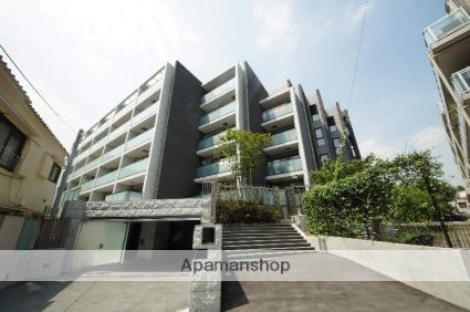 東京都新宿区、信濃町駅徒歩8分の築4年 5階建の賃貸マンション