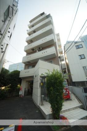 東京都新宿区、新宿駅徒歩4分の築20年 7階建の賃貸マンション