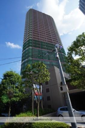 東京都新宿区、四谷三丁目駅徒歩12分の築14年 32階建の賃貸マンション