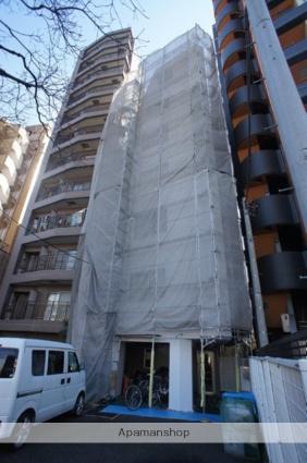東京都新宿区、東新宿駅徒歩8分の築24年 7階建の賃貸マンション