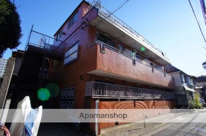 東京都新宿区、信濃町駅徒歩10分の築33年 3階建の賃貸マンション