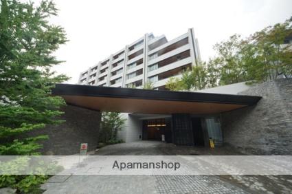 東京都新宿区、信濃町駅徒歩8分の築4年 7階建の賃貸マンション