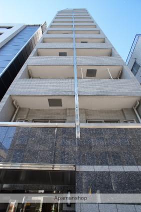東京都新宿区、信濃町駅徒歩5分の築13年 13階建の賃貸マンション