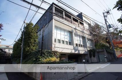 東京都渋谷区、原宿駅徒歩9分の築16年 4階建の賃貸マンション