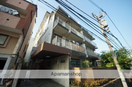 東京都新宿区、信濃町駅徒歩10分の築50年 5階建の賃貸マンション