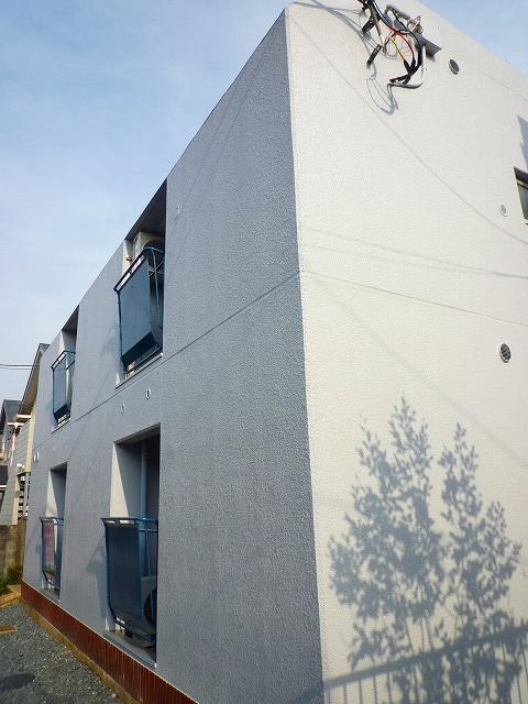 東京都練馬区、江古田駅徒歩7分の築32年 3階建の賃貸マンション