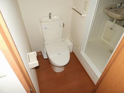 レオパレスポートサイド[1K/19.87m2]のトイレ