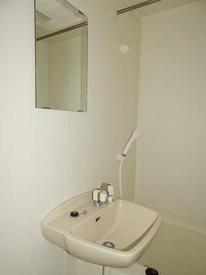 レオパレスポートサイド[1K/19.87m2]の洗面所