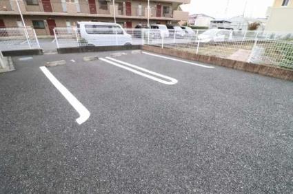 ソレイユ[1LDK/45.82m2]の駐車場