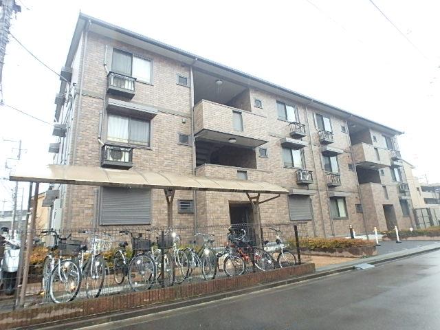 埼玉県戸田市、戸田駅徒歩15分の築11年 3階建の賃貸マンション