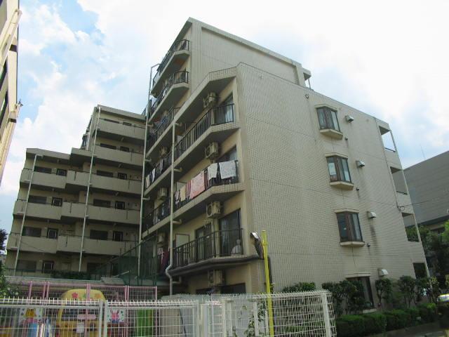 東京都北区、北赤羽駅徒歩9分の築28年 7階建の賃貸マンション