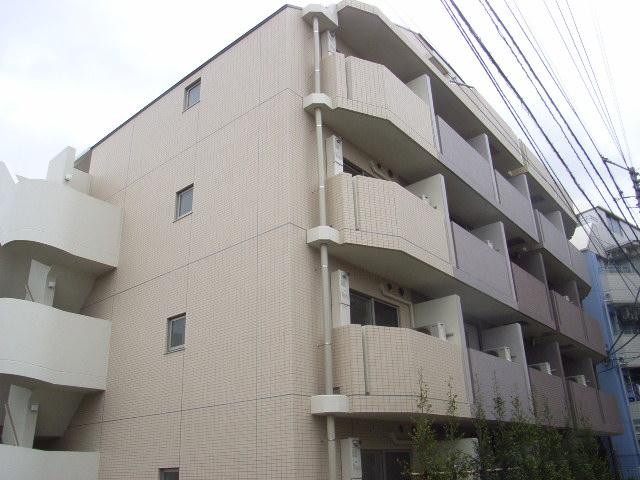 東京都北区、十条駅徒歩13分の築8年 5階建の賃貸マンション