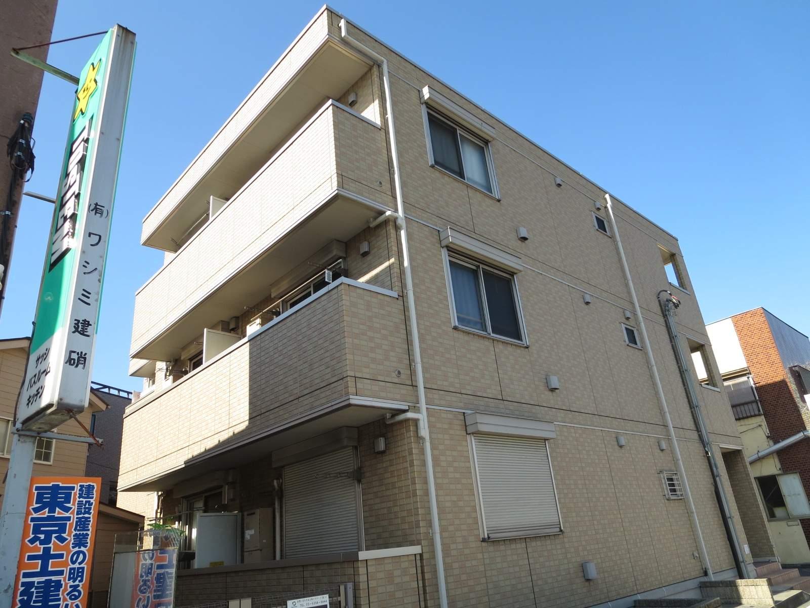 東京都板橋区、浮間舟渡駅徒歩15分の築4年 3階建の賃貸アパート