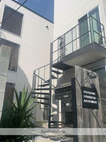 東京都北区、赤羽駅徒歩12分の新築 3階建の賃貸アパート