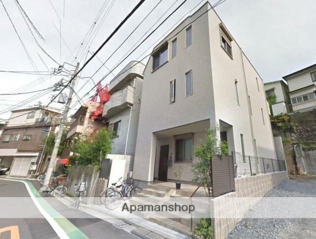 東京都北区、赤羽駅徒歩8分の築1年 2階建の賃貸アパート