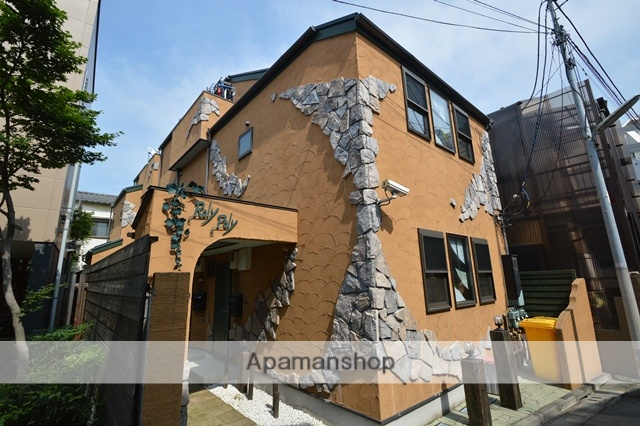 東京都北区、十条駅徒歩9分の築12年 3階建の賃貸アパート