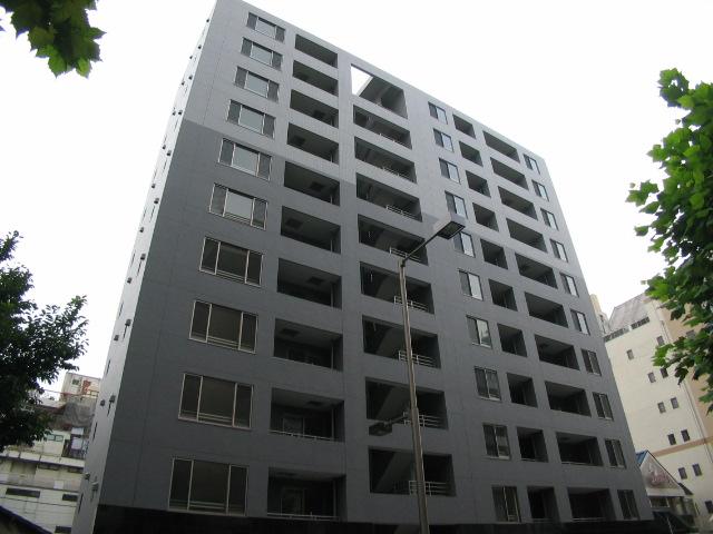 東京都北区、赤羽駅徒歩2分の築11年 11階建の賃貸マンション