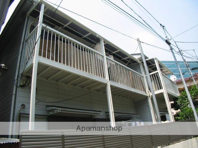 東京都北区、赤羽駅徒歩5分の築30年 2階建の賃貸アパート