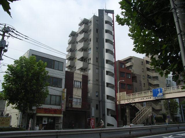 東京都北区、十条駅徒歩10分の築24年 10階建の賃貸マンション