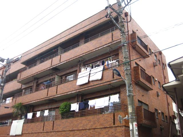 東京都北区、東十条駅徒歩12分の築32年 4階建の賃貸マンション
