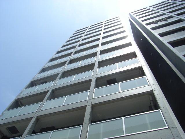 東京都北区、板橋駅徒歩7分の築9年 13階建の賃貸マンション