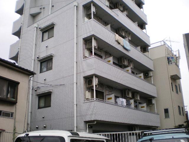 東京都板橋区、中板橋駅徒歩15分の築27年 9階建の賃貸マンション