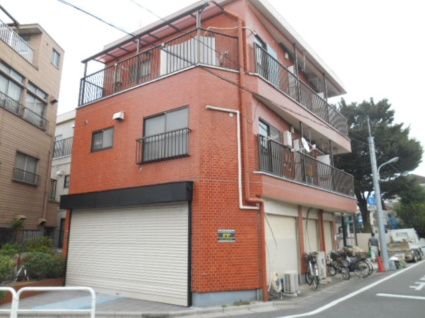 東京都板橋区、ときわ台駅徒歩10分の築29年 3階建の賃貸マンション