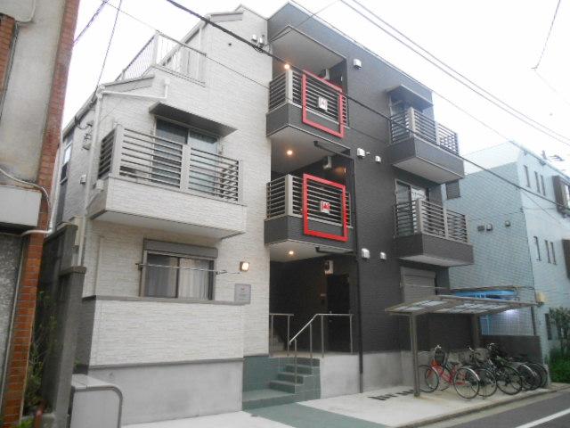 東京都板橋区、中板橋駅徒歩20分の築3年 3階建の賃貸アパート