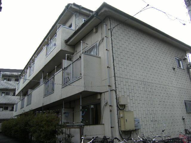 東京都板橋区、中板橋駅徒歩23分の築31年 3階建の賃貸マンション