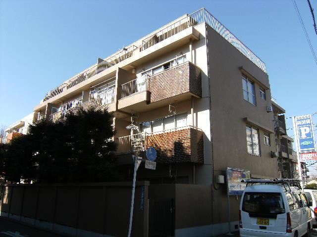 東京都板橋区、ときわ台駅徒歩18分の築44年 4階建の賃貸マンション