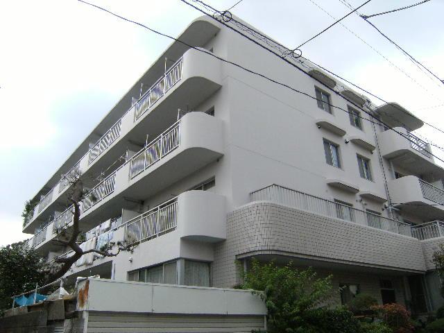 東京都板橋区、ときわ台駅徒歩13分の築29年 4階建の賃貸マンション