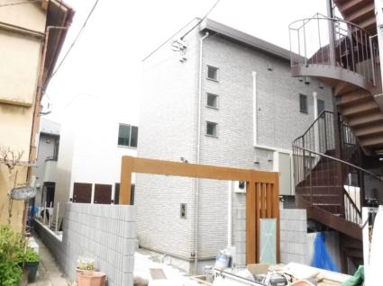 東京都板橋区、中板橋駅徒歩18分の築1年 2階建の賃貸アパート