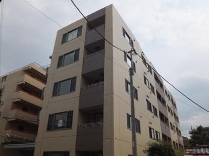 東京都練馬区、成増駅徒歩5分の築3年 5階建の賃貸マンション
