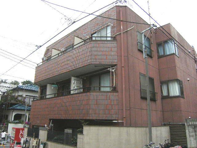 東京都板橋区、ときわ台駅徒歩11分の築27年 3階建の賃貸マンション