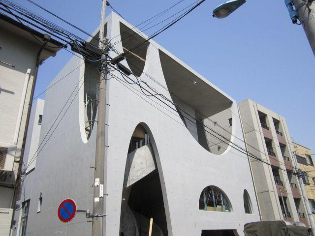 東京都杉並区、西荻窪駅徒歩17分の築4年 4階建の賃貸マンション