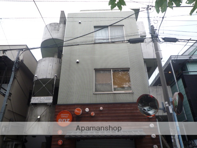 東京都杉並区、西荻窪駅徒歩4分の築26年 4階建の賃貸マンション