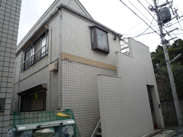 東京都杉並区、高円寺駅徒歩25分の築31年 2階建の賃貸アパート