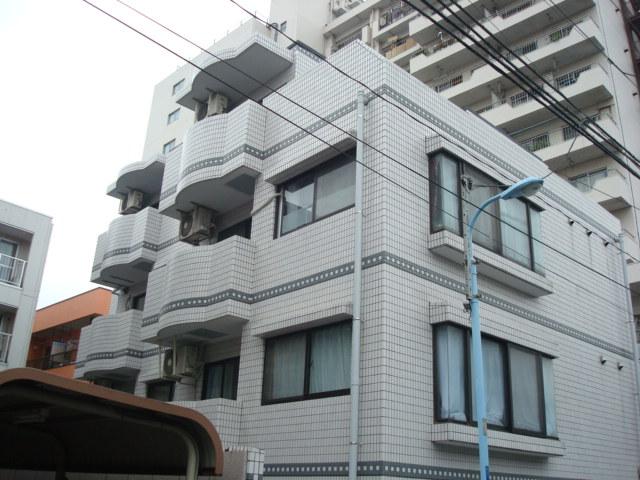 東京都杉並区、西荻窪駅徒歩18分の築28年 4階建の賃貸マンション
