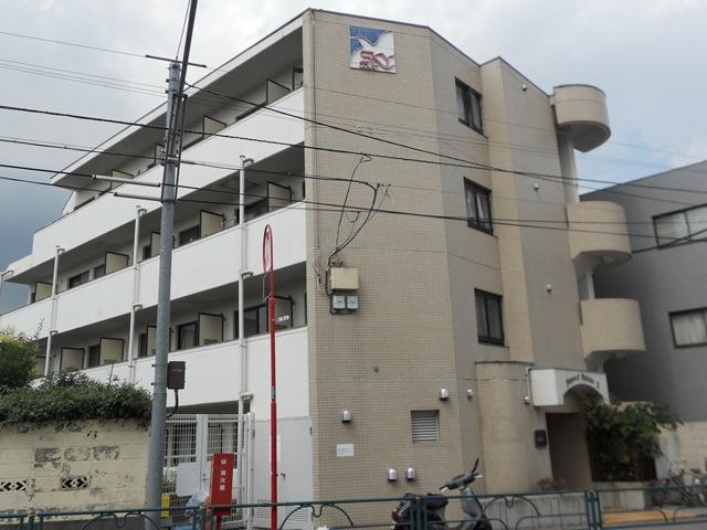 東京都杉並区、荻窪駅徒歩21分の築30年 4階建の賃貸マンション