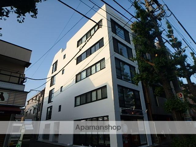 東京都杉並区、西荻窪駅徒歩13分の築1年 5階建の賃貸マンション