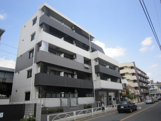 東京都世田谷区、千歳船橋駅徒歩10分の築8年 6階建の賃貸マンション