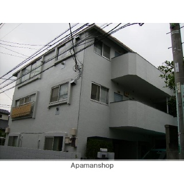 東京都世田谷区、代田橋駅徒歩9分の築32年 3階建の賃貸マンション